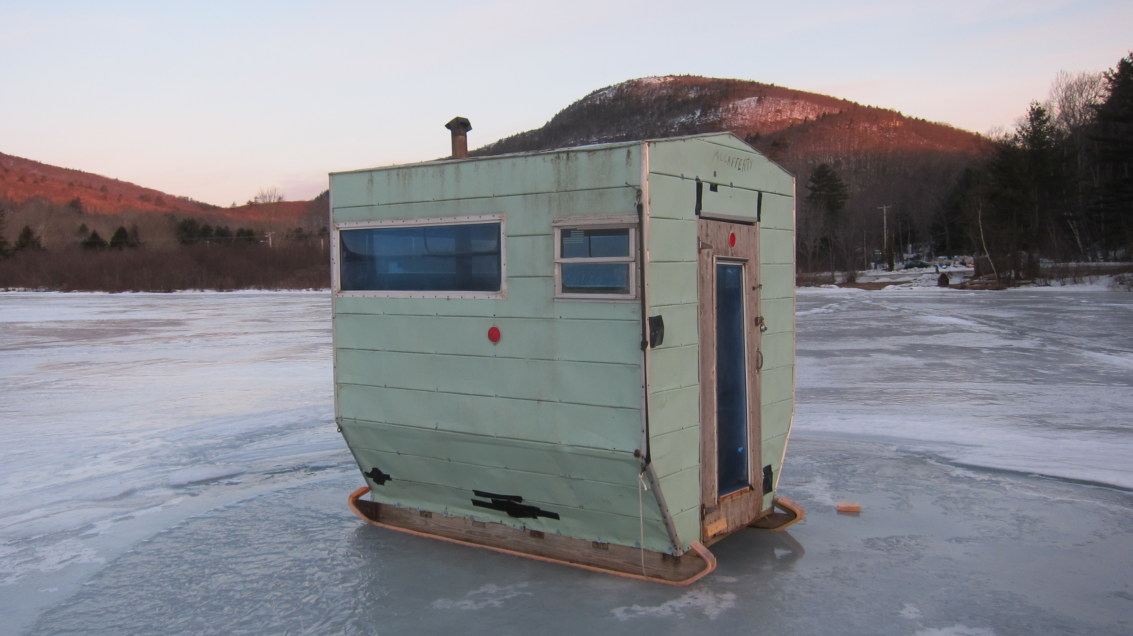 Ice fishing houses home in maine for Ice fishing shacks