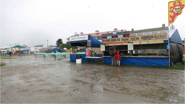 New Orleans Food & Rain 2013 Twitter size