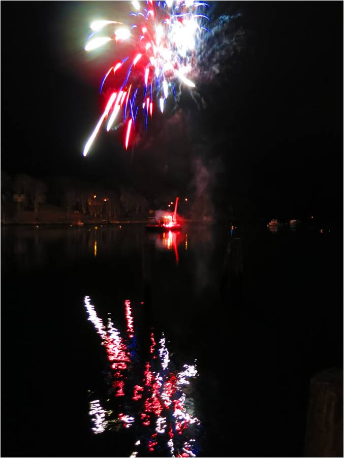 Holiday Fireworks Rockport 2014 - Letter Size