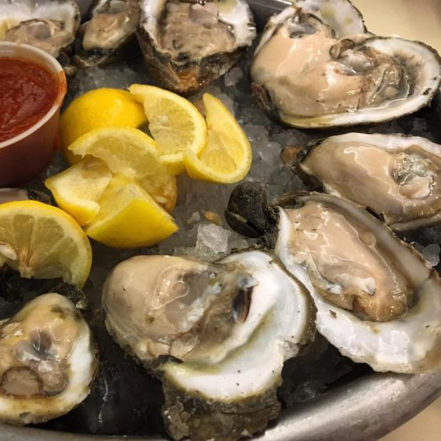 Oysters at Felix's 2016